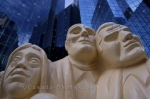 Photo: Illuminated Crowd Faces Downtown Montreal Statue