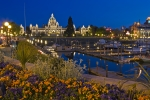 Photo Parliament Building Victoria Harbor Twilight Photo