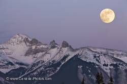 Scenic Large Full Moon Winter Banff National Park