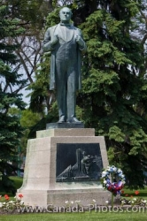 Legislative Building Statue Jon Sigurdsson Winnipeg Manitoba