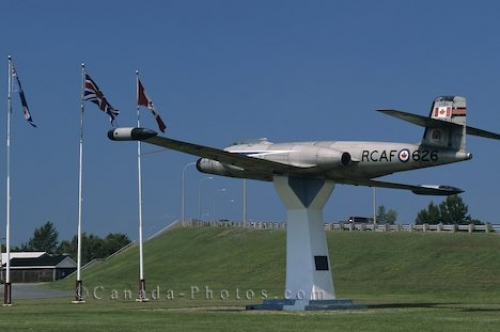 Photo: Air Force Plane Ontario Canada
