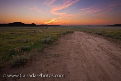 Photo: Big Muddy Badlands Farmland Road Sunset Southern Saskatchewan