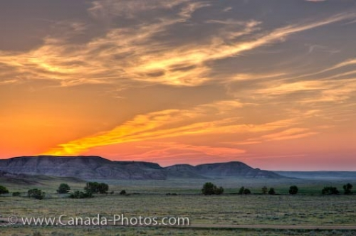 Photo: Big Muddy Badlands Scenic Farmland Sunset Southern Saskatchewan