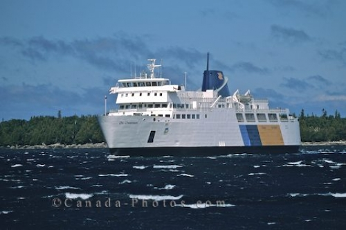 Bruce Peninsula Ferry Tobermory Ontario Photo Travel Idea Canada