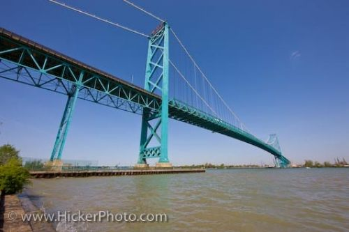 Photo: Canadian American Ambassador Bridge Windsor Michigan