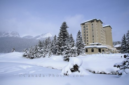 Photo: Chateau Lake Louise Winter