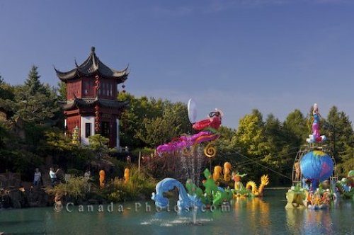 Photo: Chinese Lanterns Montreal Botanical Garden