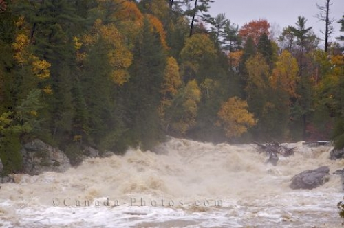 Photo: Chippewa River Storm Flood Ontario Canada