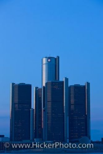 Photo: Detroit Michigan GM Building Skyline Picture