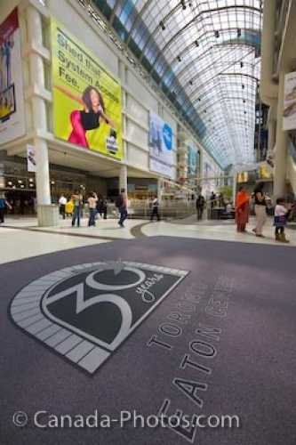 Photo: Architecture Eaton Centre Interior Downtown Toronto