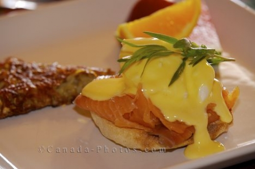 Photo: Eggs Benedict Recipe Variations
