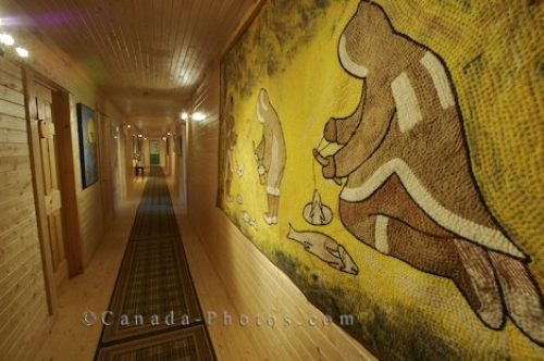 Photo: Eskimo Art Rifflin Hitch Lodge