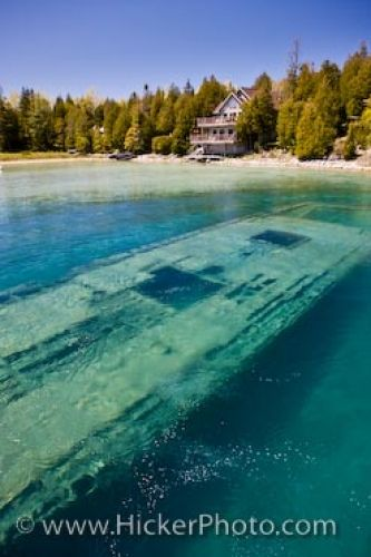 Photo: Fathom Five National Marine Park Shipwreck Big Tub Harbour Ontario