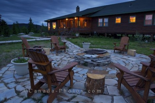 Photo: Fire Pit Rifflin Hitch Lodge