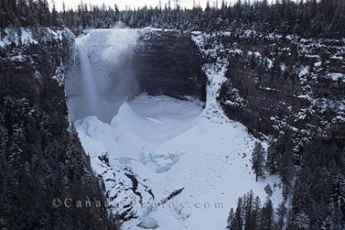 Photo: Helmcken Falls British Columbia
