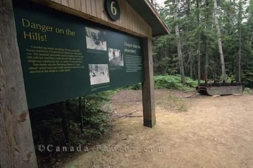 Photo: Information Sign Algonquin Provincial Park