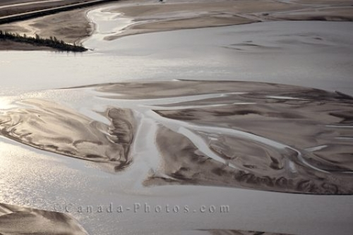 Photo: Kluane Lake Aerial Yukon