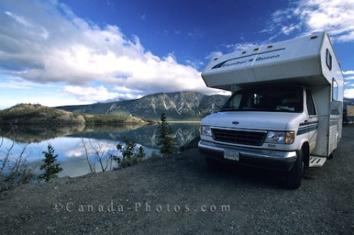 Photo: Kluane Lake Camper Yukon