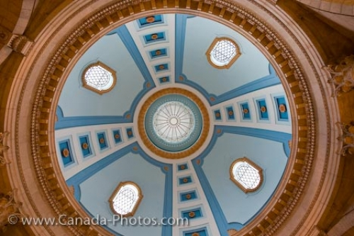 Photo: Legislative Building Dome Architecture Winnipeg City Manitoba