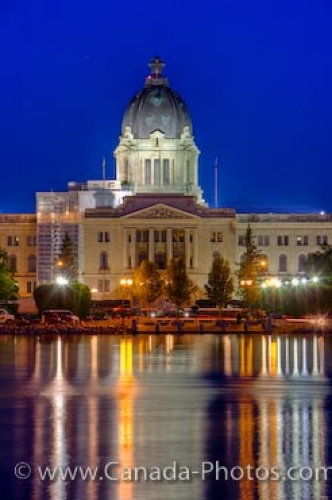 Photo: Legislative Building Night Lights Regina City Saskatchewan