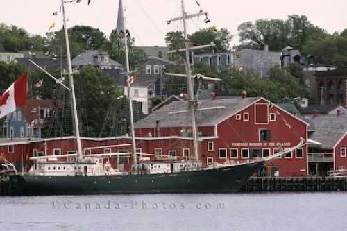 Photo: Lunenburg Nova Scotia