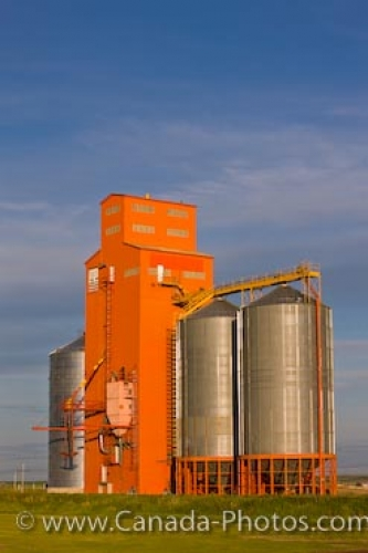 Photo: Morse Grain Elevators Saskatchewan Canada