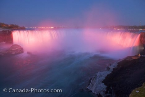 Photo: Niagara Falls Dusk Illumination Scenery Ontario Canada