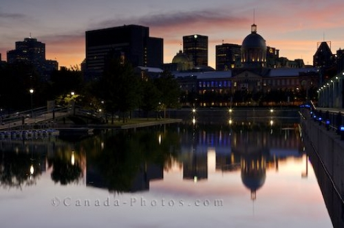 Photo: Night Scenery Downtown Montreal