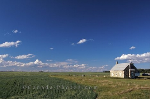 Photo: Old Stone Church manitoba