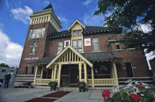 Photo: Opera House Muskoka Ontario