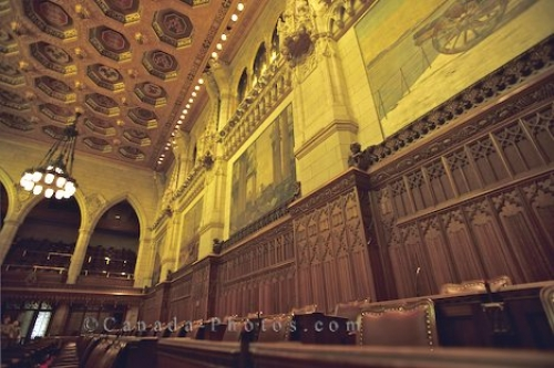 Photo: Parliament Building Decor Ontario