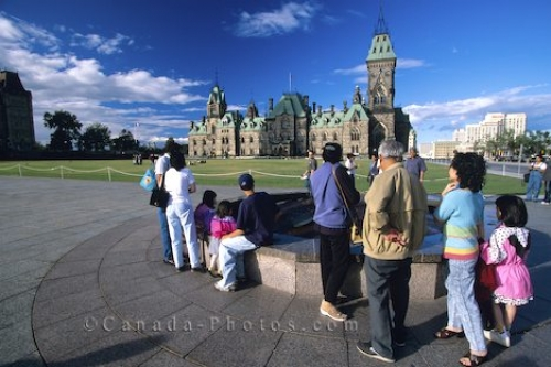 Photo: Parliament Building Ottawa