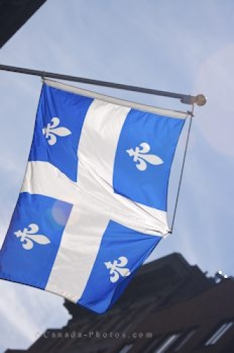 Photo: Photo of a Quebec Flag