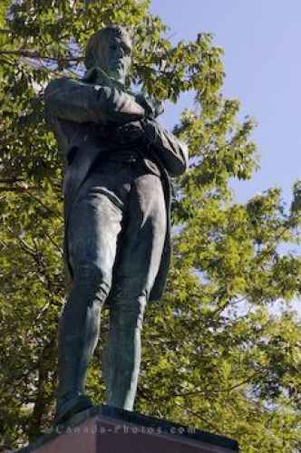 Photo: Robert Burns Statue Montreal Quebec