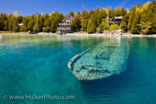 Photo: Sweepstakes Shipwreck Lake Huron Ontario Canada