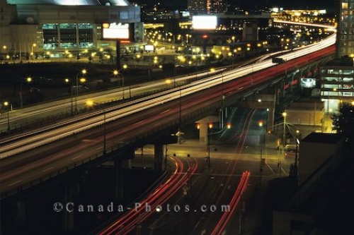 Photo: Toronto Night Traffic