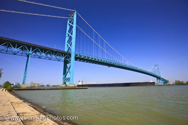 Photo: Ambassador Bridge Windsor Ontario Detroit Michigan