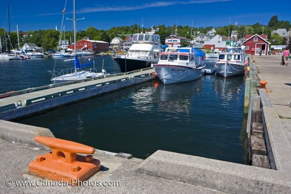 Photo: Baddeck Marina Cabot Trail Nova Scotia