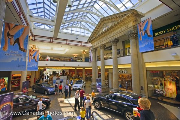 Photo: Cornall Centre Shopping Mall Regina Saskatchewan