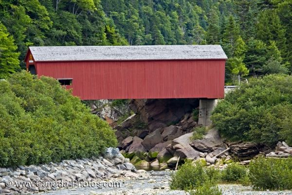Photo: Red Covered Bridge New Brunswick