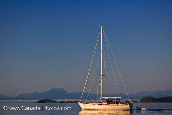 Photo: Scenic Sailboat Broughton Archipelago