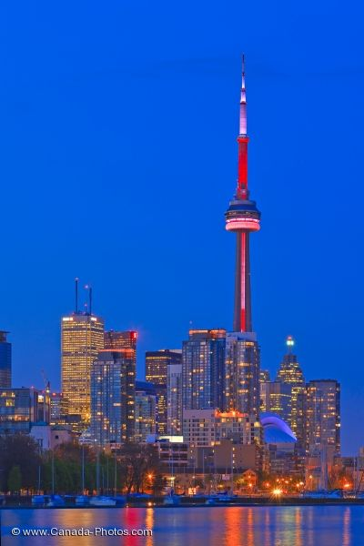 Photo: Toronto City Waterfront Skyline Ontario Canada