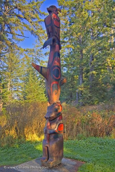 Photo: Sightseeing Native Totempole Pacific Rim National Park