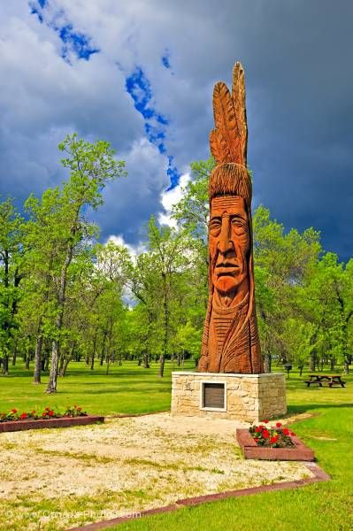 Photo: Indian head carving Whispering Giant Winnipeg Beach Provincial Recreation Area